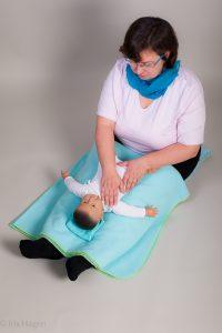 Babymassage als Geschenk zur in Frankfurt Bad Homburg Oberursel